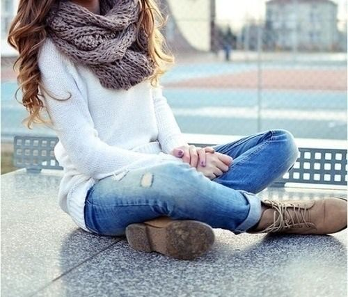 Lace up boots, rolled up jeans, long sleeve shirt, scarf.