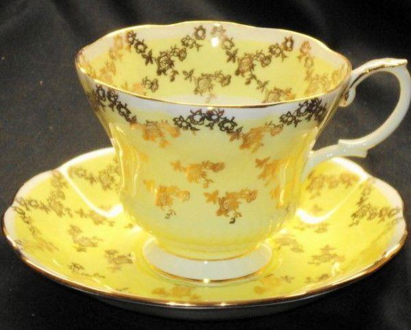Royal albert england roses yellow gold chintz tea cup and saucer