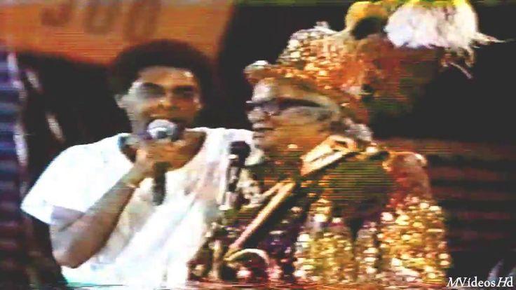 Gilberto Gil  - Aquele abraço  (Cassino do Chacrinha) 1983