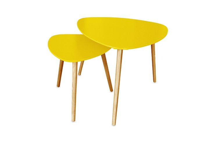 Venda Potiron / 28037 / Mobiliário / Mesas e secretárias / 2 mesas encaixáveis Sixties - Amarelo e natural