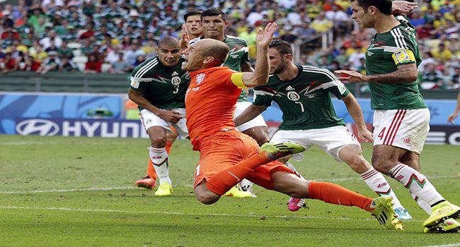 Berita Bola Robben Tidak Masalah Dijuluki Tukang Diving