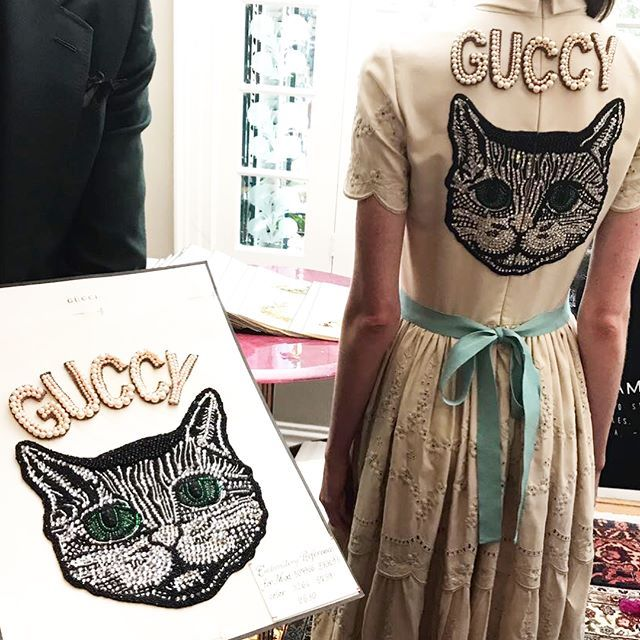 Gucci DIY es el servicio creado por @lallo25 en 2016 que te permite personalizar prendas y accesorios de la firma La buena noticia? Ya está disponible en México por tiempo limitado! (: @tonisalamanca) #GraziaModa #GraziaAma  via GRAZIA MEXICO MAGAZINE OFFICIAL INSTAGRAM - Fashion Campaigns  Haute Couture  Advertising  Editorial Photography  Magazine Cover Designs  Supermodels  Runway Models