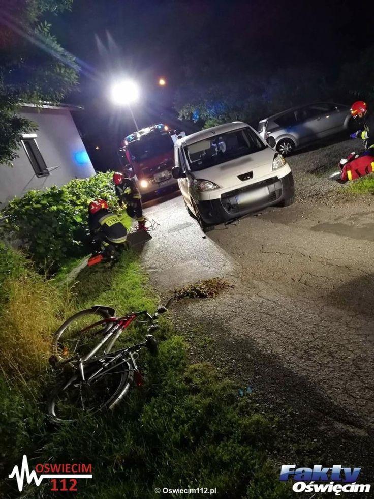 Samochód potrącił seniorkę i najechał na nią #Babice #wypadek #potrącenie