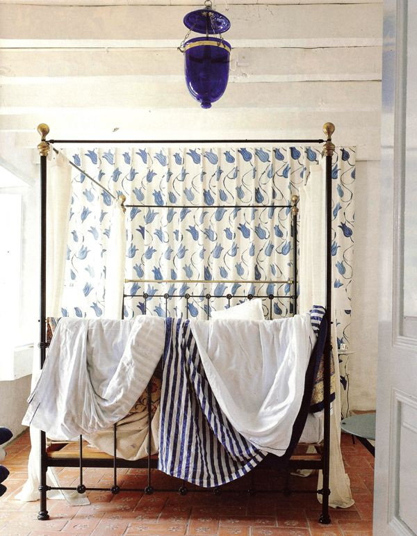 Perfect guest bedroomGuest Bedrooms, Canopy Beds, Cobalt Blue, Bedrooms Beds, Blue Bedrooms, Blue Beds, Wrought Iron, Canopies Beds, Blue Whit