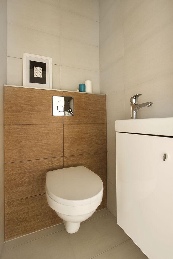 toilet, niebieskie dodatki, mała toaleta, metamorfoza, home staging