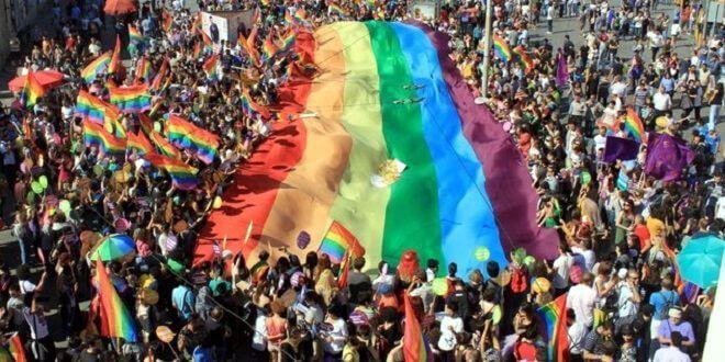 Hoy 28 de junio, el mundo celebra el Día del Orgullo Gay. Durante el pregón se homenajeará a las víctimas del atentado de Orlando.