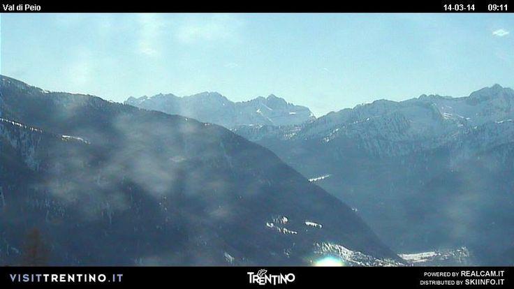 Noi siamo pronti per #trentinoskisunrise e voi!!! ecco un anticipo in diretta dalla @valdipejo @Visit Trentino