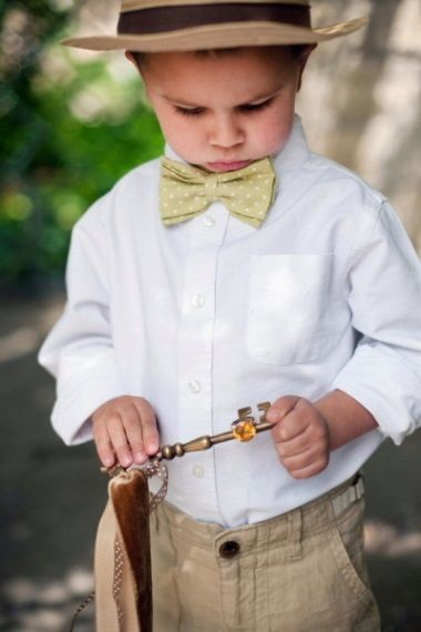 We've such a cute post for you today! This morning our attention is all on the little people that play a big part in your special day – the flower girls and page boys. There are so many adorable outfits to choose from when it comes to suiting and booting the little guys and gals. From star wands for the girls to badges for the boys, here's 18 sweet ideas that both you and the littlies will love...