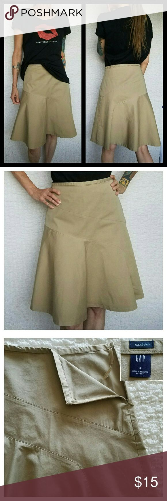 """Gap Stretch Bias Cut Fit & Flare Skirt - Beige Sweet and simple 97% cotton/ 3% lycra spandex fabric allows for a gentle stretch for a perfect fit every time. Cut on the bias for fullness without gathers. Clean feminine lines. Hidden side zipper.  Laying flat: Waist 15"""" Hips 22"""" Length 24""""  New York & Co. tee is for sale on a separate listing. Gap Skirts Midi"""