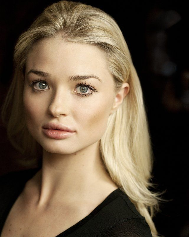 Emma Rigby, Queen of Hearts on Once Upon a Time in Wonderland. Her face is crazy!! Like can't look away insane.