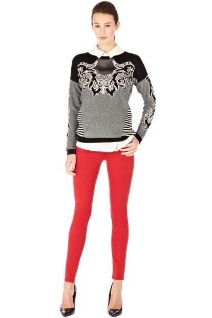 Pullover mit barocken Streifen