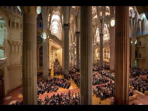 Web oficial de la Sagrada Família, el temple emblemàtic de Antoni Gaudí a Barcelona. Informació sobre visites, entrades, història, arquitectura, activitats.