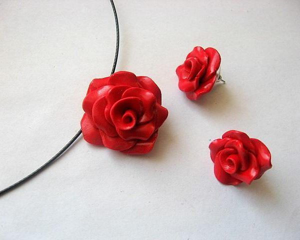 #Set #bijuterii #fimo #colier si #cercei #trandafiri rosii