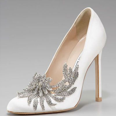 11 best give a girl the right pair of shoes and she can conquer the bellas wedding shoes manolo blahnik swan embellished satin pump for all you twilight fans junglespirit Choice Image
