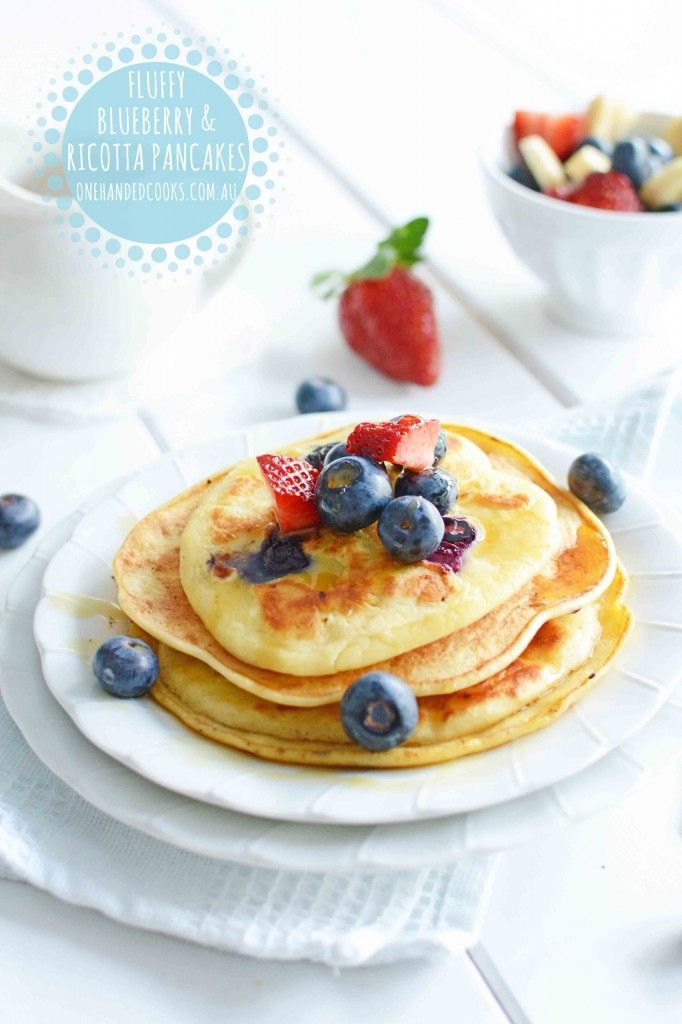 Breakfast can often be the meal that feels the most monotonous. Surprise the kids with a 1 meal 3 ways recipe that is made suitable for a baby, toddler and of course you too. More recipes available in our magazines. #onehandedcooks