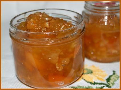 Confiture de pommes aux noix et aux abricots : la recette facile