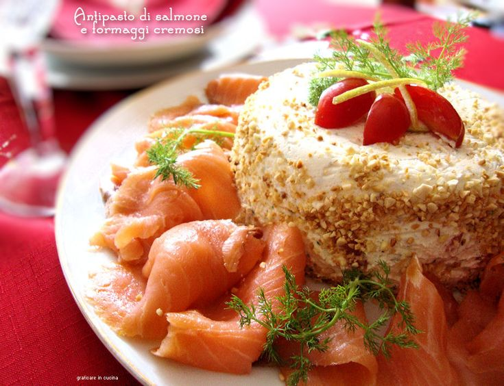 Antipasto salmone e formaggi cremosi http://blog.giallozafferano.it/graficareincucina/antipasto-salmone-e-formaggi-cremosi/