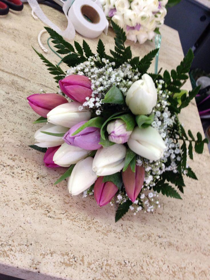 Bouquet damigella #sposa www.fioreriasarmeola.com