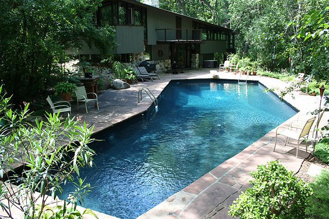L shaped backyard pool awesome inground pool designs for Pool design services