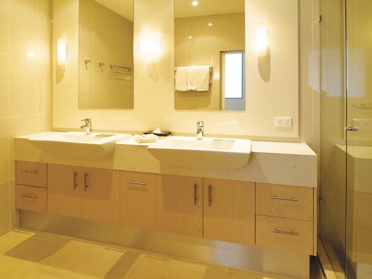 Oaks on Lonsdale - 1 bed exec #2903 bathroom