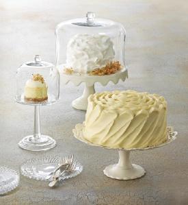 INDULGE Martha Stewart cake stand    Love! #macysdreamfund