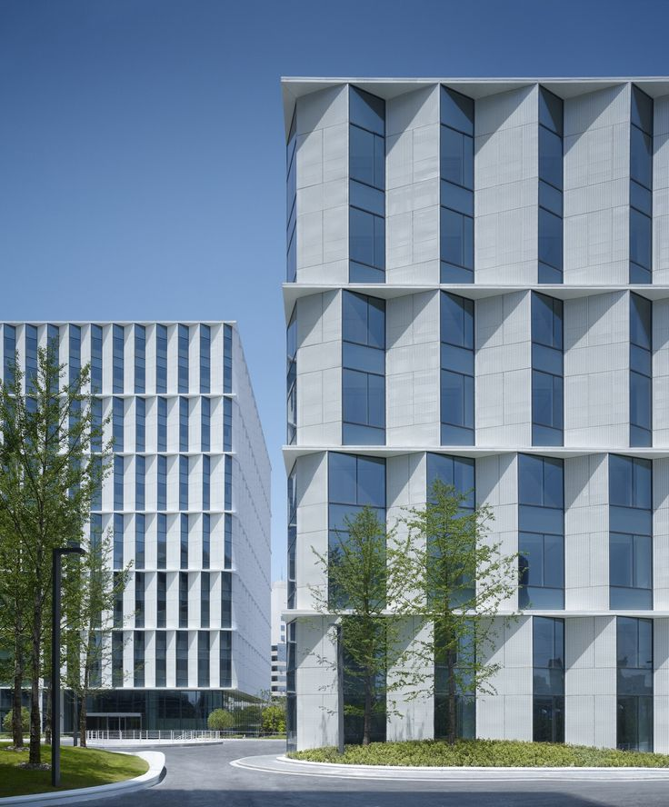 3Cubes Office Building / Gmp Architekten