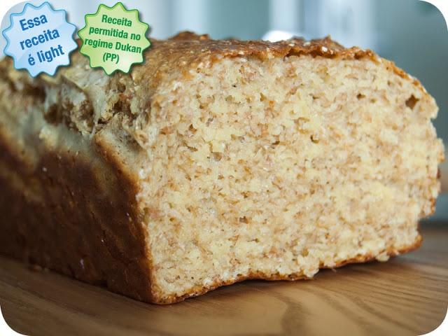 El salvado de avena pan (ataque) Ingredientes: 6 cucharadas de salvado de avena 3 cucharadas de salvado de trigo sopa 15 cucharadas cucharadas de leche desnatada de la leche en polvo 6 cucharadas de yogur natural sin grasa 3 huevos 15 g de bicarbonato polvo