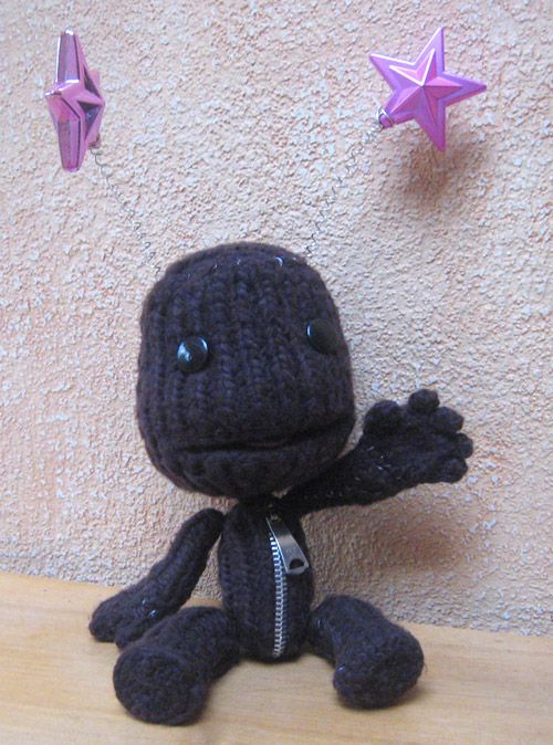 hand knitted sackboy from little big planet!