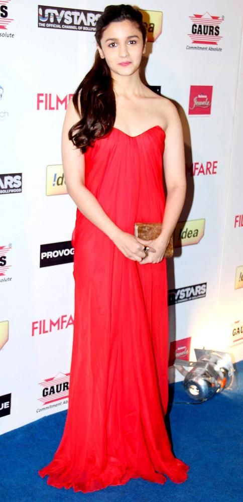 Alia Bhatt at the Filmfare pre-awards party. #Style #Bollywood #Fashion #Beauty