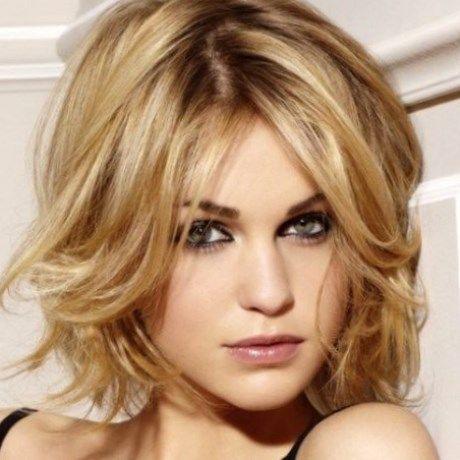 Visage ovale quelle coiffure femme coiffures modernes et coupes de cheveux populaires en france - Coiffure visage ovale ...