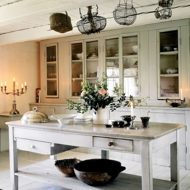 Beautiful White Vintage House In Sweden   DigsDigs