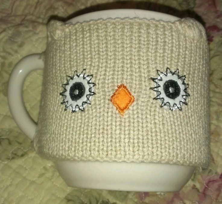 CARIBOU COFFEE MUG Knitted OWL Sweater Cozy Cover 2011