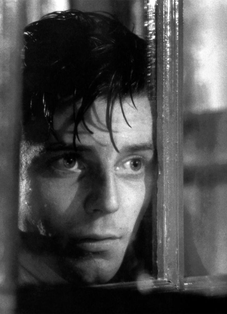 """Gérard Philipe - """"Le Diable au corps"""" - Claude Autant-Lara (1947)"""