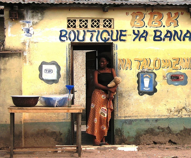 Through the doorway, Kinshasa, Democratic Republic of Congo, 2006, photograph by Alf Gillman.