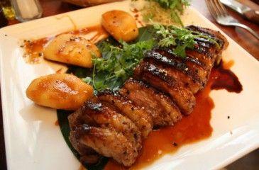 Свинина в духовке - вкусное приготовление. Рецепты запеченной свинины с фото