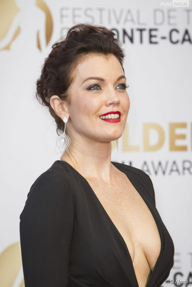 Bellamy Young Nude Photos 82