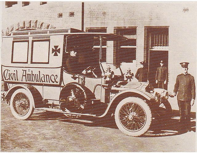 Sydney's first motor ambulance - 1912 Presented by Mr Anthony Hordern proprietor of the famous Anthony Hordern's department store at Haymarket, a precinct of central Sydney, NSW. Scanned from a promotional calendar produced by the NSW Ambulance Service to commemorate its Centenary in 1995 Presented by Mr Anthony Hordern proprietor of the fa...