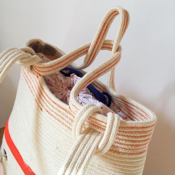 Buon inizio settimana a tutti spero il vostro sia iniziato meglio del mio  hola! espero que vuestro lunes ha empezado mejor que el mio  #mochila #bagpack #zaino #bcn #barcelona #handmade #hechoamano #fattoamano #cordon #corda #cima #cord #rope #algodonorganico #organiccotton #cotoneorganico #organic #mirtasmood #maker #handcraft #bag #bolso #borsa #basket #cesta #cestino #mirtasmood