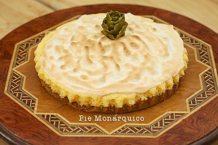 """Servido a la hora del té como lo hace la realeza inglesa. Ofrezca a sus invitados un Pie Monárquico quedará como una """"princesa"""".  Comunícate con Olguita al 3123629574 y pide lo que quieras!"""