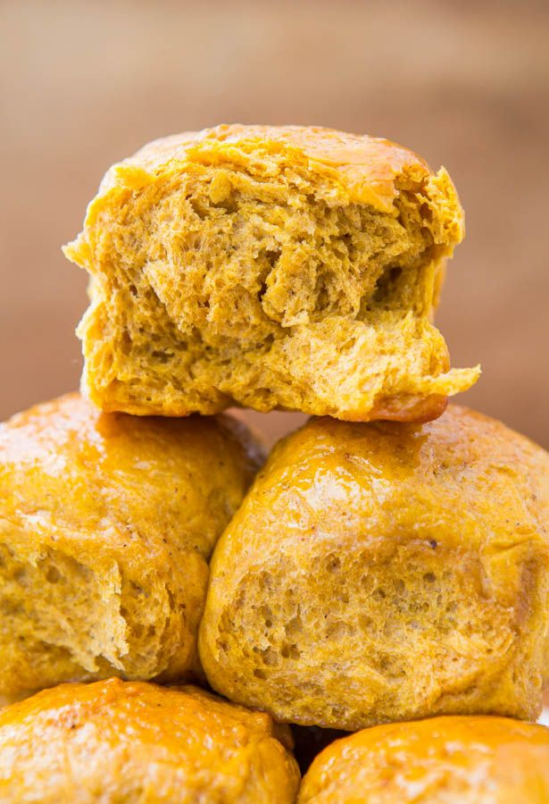 Honey Butter Pumpkin Dinner Rolls - Easy, Soft Dinner Roll Recipe at averiecooks.com