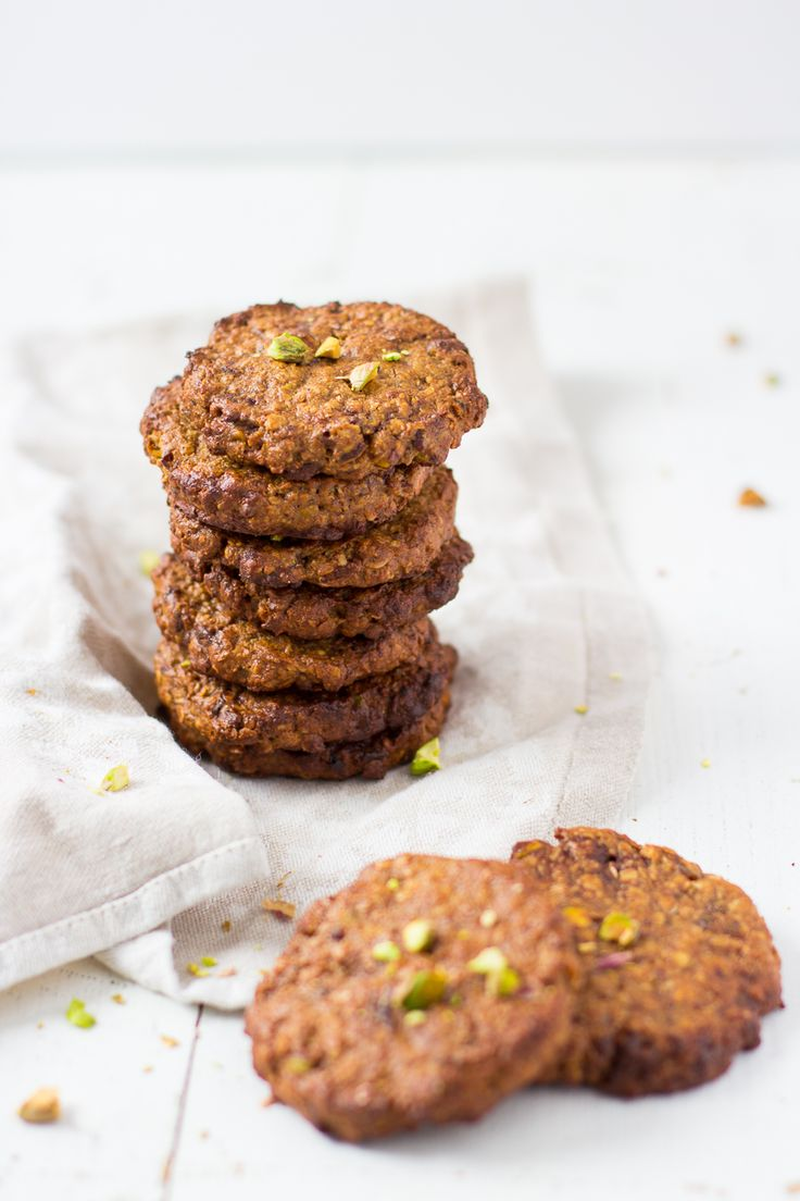 tahini date biscuits