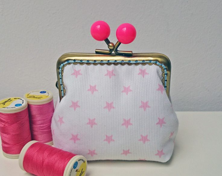 Pink stars purse