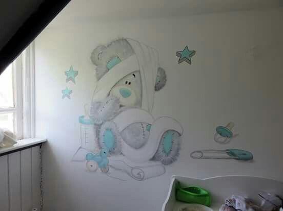 Mooie muurschildering voor in de babykamer