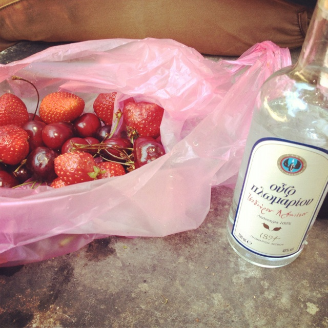 Ouzo, strawberries and cherries in Athens National Gardens