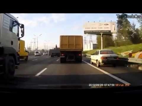 езда по обочине  Подборка автомобильных аварий