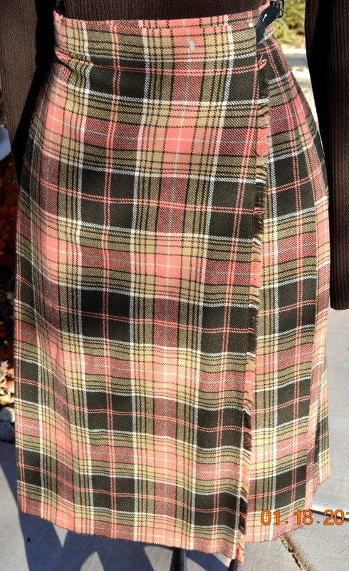 Vintage Tartan Scottish Skirt/Murray Brothers Scotland / Vintage Wool Skirt