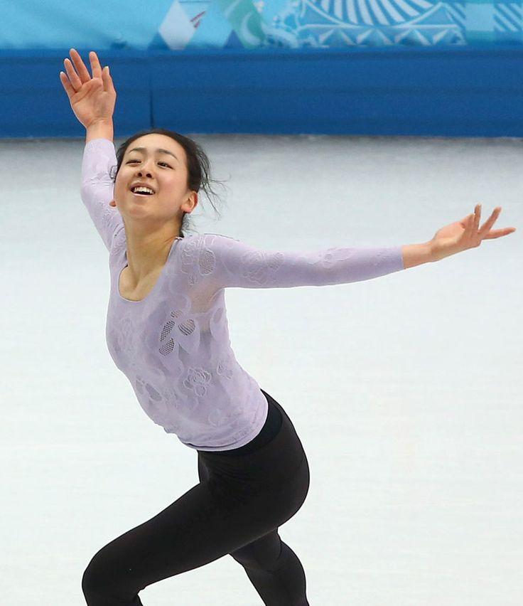 (884×1024) 「「金」予感させる初練習 浅田、いきなり大技 完璧着氷」 http://photo.sankei.jp.msn.com/essay/data/2014/02/06asada/