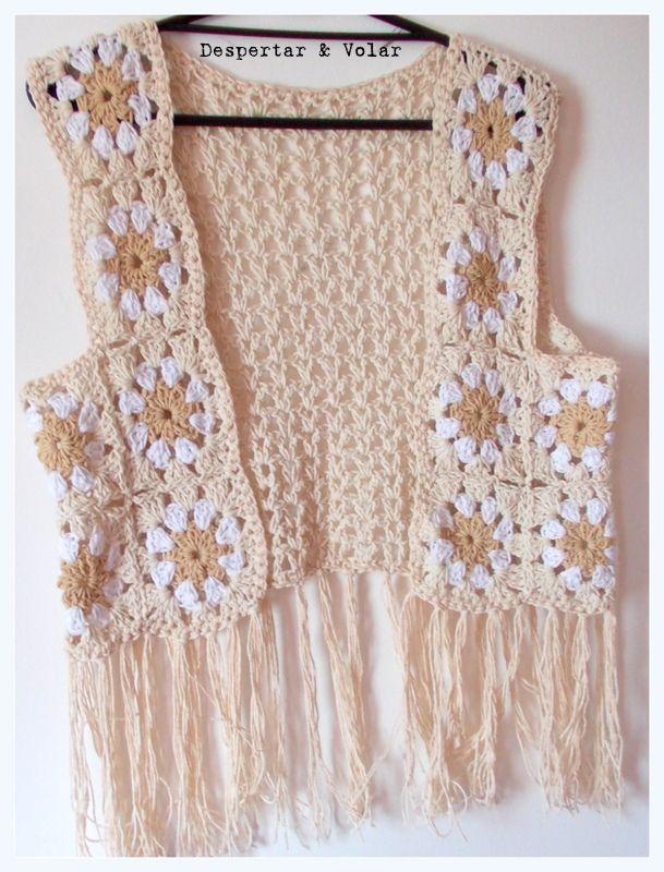 chaleco de hilo tejido al crochet  + flecos