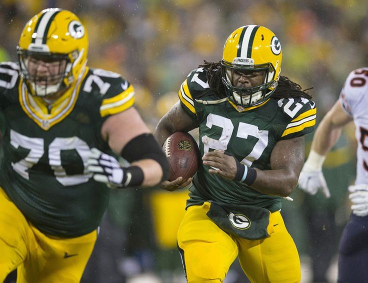 Green Bay Packers versus Detroit Lions Thursday Night Football Real Money League Fantasy Picks 12-3-2015
