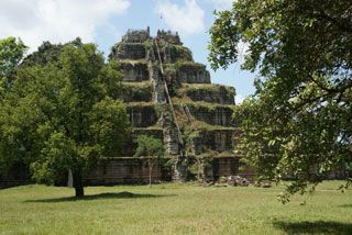 Koh Ker Temple, Attraction in Preah Vihear | Tourism of Cambodia